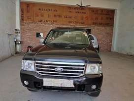 Ford Endeavour 2005 Petrol 115000 Km Driven