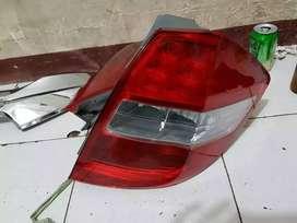Lampu Honda Jazz Belakang