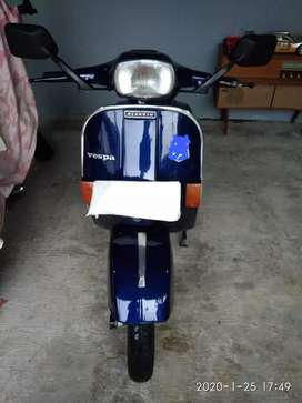 Dijual Vespa P150X