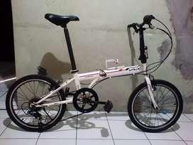 Sepeda lipat 20 LauX