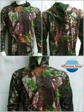 Baju berburu motif camo