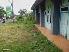RUMAH bonus tanah luas dekat pasar Tambaksogra Sumbang Purwokerto