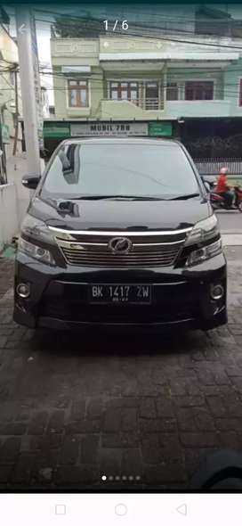 Toyota alpahard vellfire