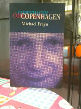 Buku / Novel Copenhagen , karya : Michael Frayn .