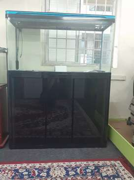 3.5 feet Aquarium complete set