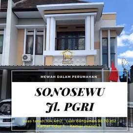 Unit rumah siap huni, 2 lantai di Sonosewu