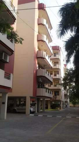3bhk flat for rent in gated society  lift powerbackup
