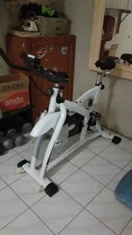 Merk TOTaL..big Power SPinning bike 8308 tl