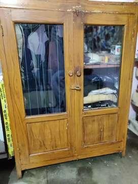3rack cupboard