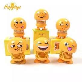 Boneka karakter emoji dashboard