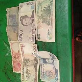 uang kuno dengan bermacam nilai dan juga tahun nya