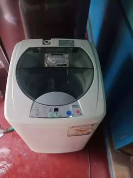 Fully automatic washing machine.