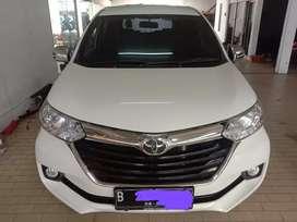 Toyota Avanza G manual 2017 putih tangan pertama