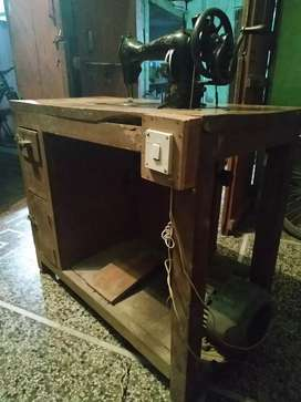 सिलाई मशीन 1 HP motor व  Table के साथ