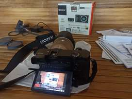 Kamera Mirrorless Sony A6000 Lensa Sony Af-s 18 - 55 mm OSS . Like New