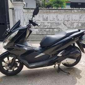 Honda PCX 2018 kilometer dibawah 5000
