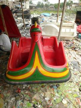 sepeda air bebek kecil,perahu air bebek mini,wahana air murah ready