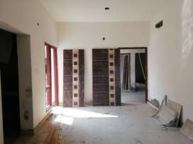 1 bhk Ready to move Flat Available in a Gated Society Near NSEZ Metro