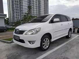 Toyota innova V luxury A/T