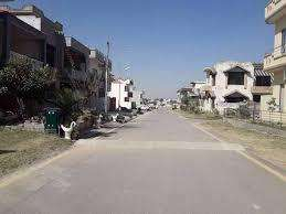 8 marla ideal plot for sale in Bahria enclave sector J.