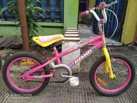 sepeda anak avanda