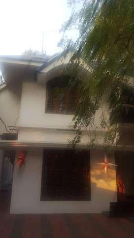 HOUSE FOR RAET