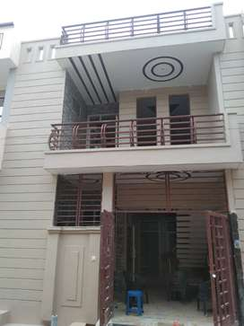 (GANGA NAGAR NEAR TO IIMT) 80/88YARD DESIGNER DUPLEX HOUSE ONLY 29 LAC