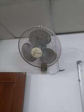4 Wall Fan in well