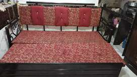 Triple seat bed