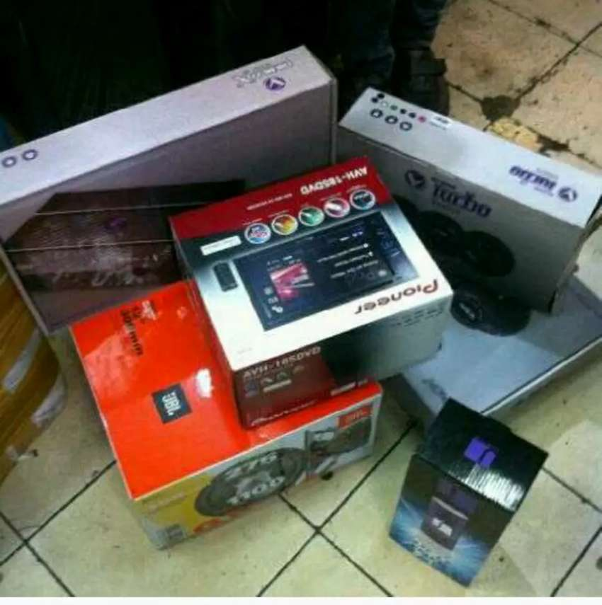 Paket audio 1 set dobeldin pioneer + power subwofer spiker venom 0