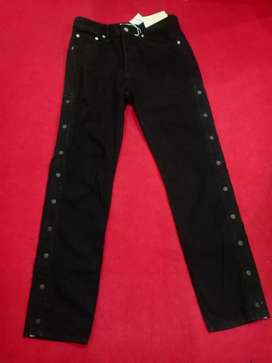 Imported Black Jean Pent 32""