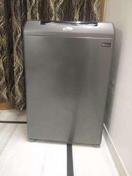 Whirlpool topload fully automatic washing machine