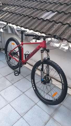 """United Clovis 6 ukuran M (27,5"""") Sepeda MTB XC Hardtail"""