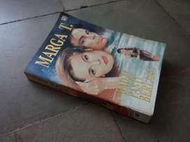 Novel Badai pasti berlalu (Marga T)