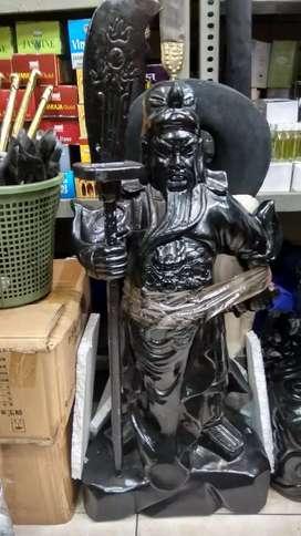 Patung dewa perang kwan kong