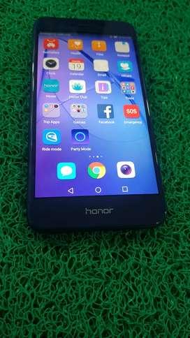 Honor 8 lite,  4/64 GB
