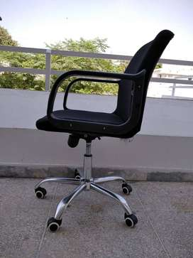 Chairs for sale for offices