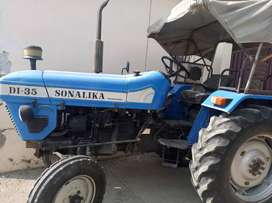 In good condition with all spare parts