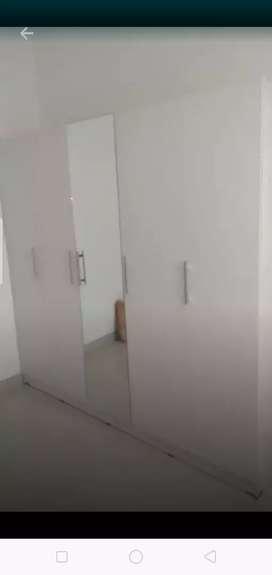 Furniture Online Lemari pintu 4 minimalis. Pesan Pembayaran Bisa COD