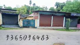 12 lucha mati with house and 4shops at the front with all documents ok