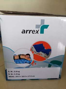 2,500 Rupees Air bed