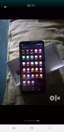 Samsung j8 4/64