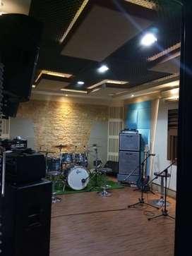 Peredam suara ruang kedap suara studio musik dan film