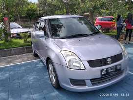 Dijual Suzuki Swift dg Model klasik manis...