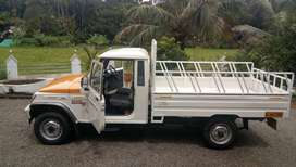 Bolero Maxi truck Plus - Show room condition
