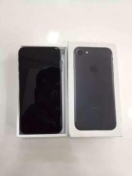 I PHONE 7 128GB MATT BLACK COLOUR BRAND NEW WITH WARRANTY