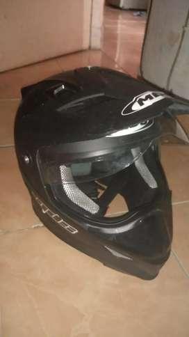 Helm mds super pro hitam dope size L