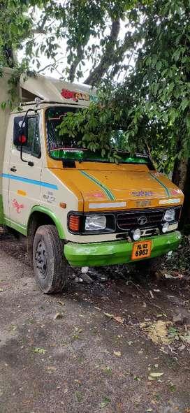 Tata 407 insulated body vehicle