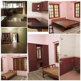 2bhk independent house near technopark for bachilours boys only