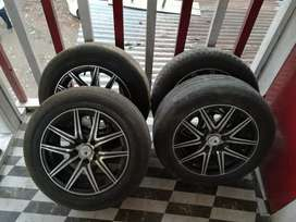 Alloys with tyre good condition